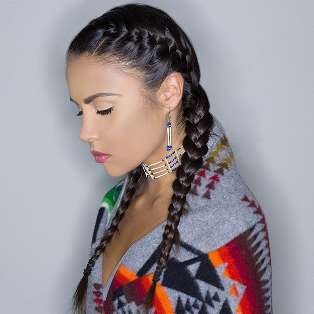 Pin By Yasmin Amorim On Insta Native American Hair Native American Braids Native American Headdress