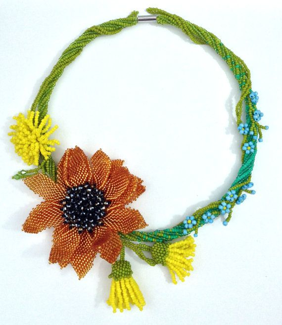 Handmade floral beaded necklace Summer Ambers - Artisan jewelry with field flowers