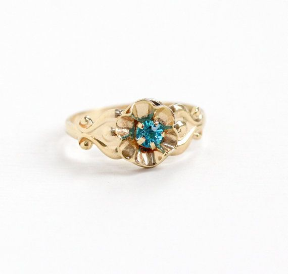 Vintage 10k Yellow Gold Teal Blue Stone Flower Ring Size 3 Art Deco 1930s Pinky Ring Simulated Blue Topaz Blue Stones Jewelry Fine Antique Jewelry Pinky Ring