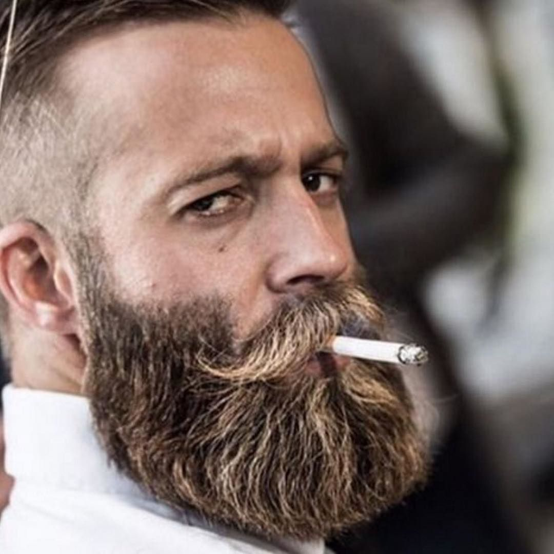 Great beard pic but can't stand the smell of smoke  Can you? | Beard