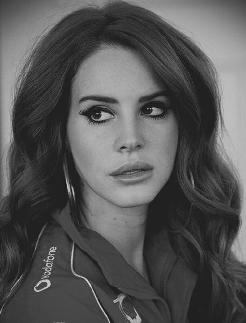Pin by Brittany on Lana del rey | Lana del rey, Women, Lana