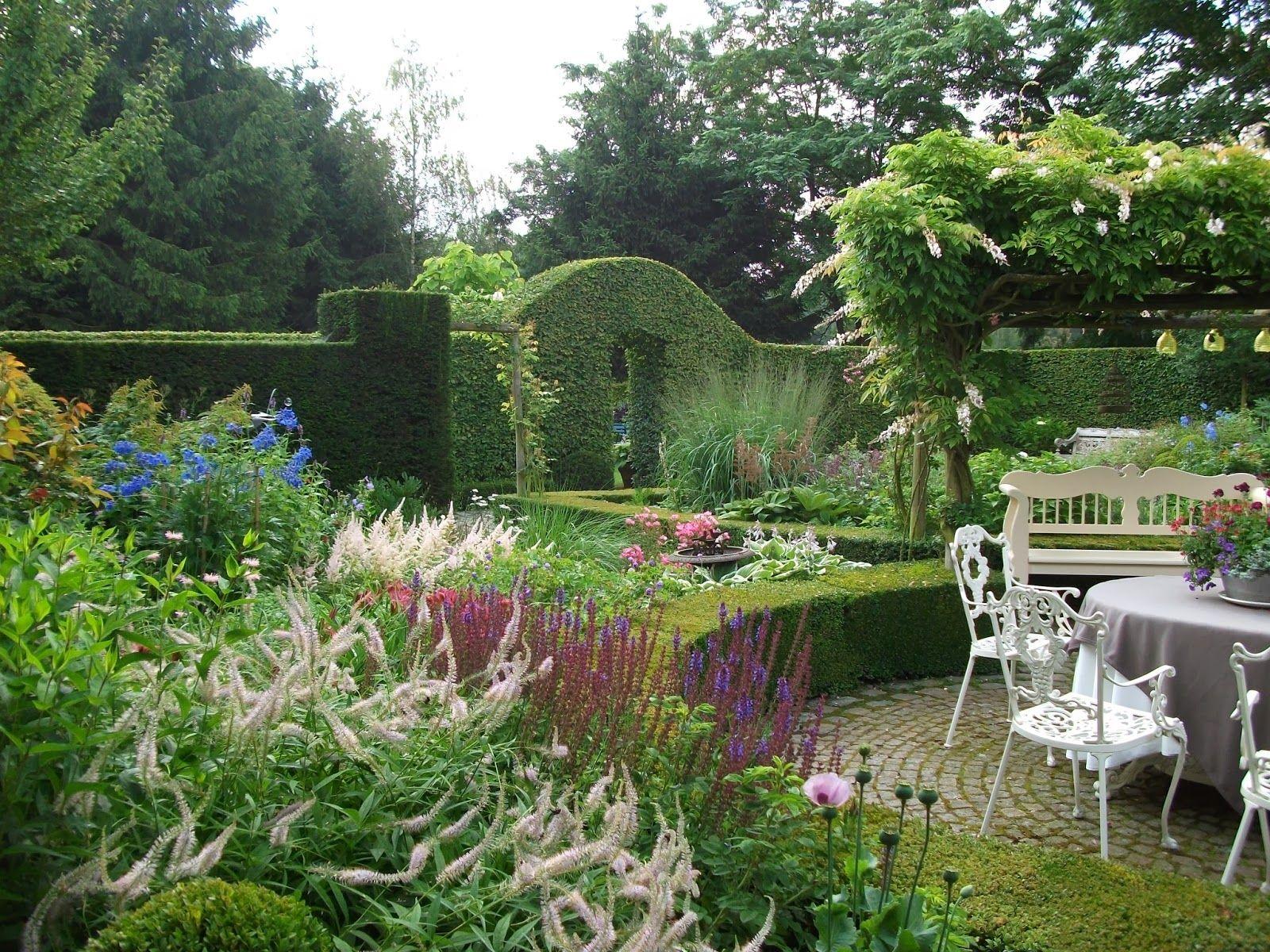 Gartenbuddelei Der Romantische Garten Von Dina Deferme Garden Design Beautiful Gardens Garden Decor