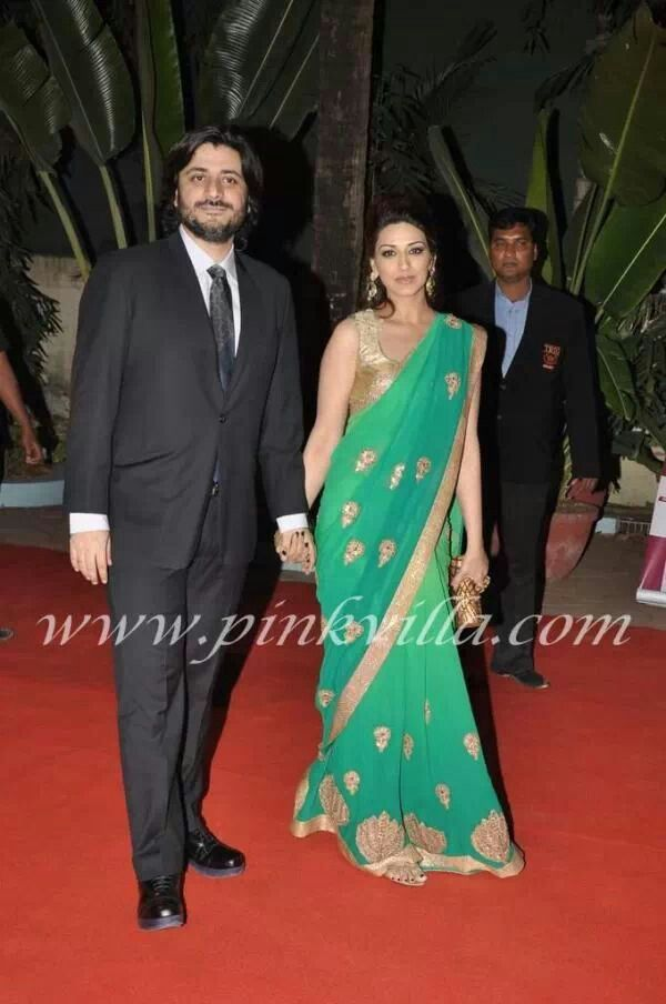 536bc9afdce6c6 Sonali in sea green saree with golden blouse | Fashion | Green saree ...