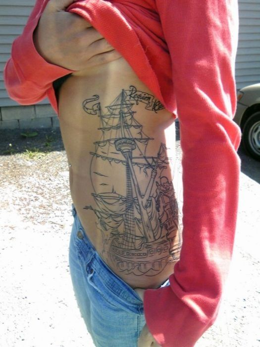 I wish I was skinny enough for a side piece like this!