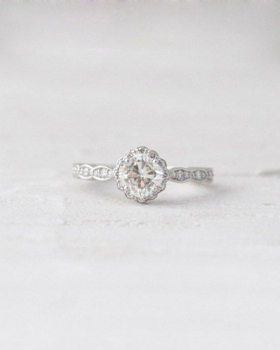 100 Simple Vintage Engagement Rings Inspiration (55)