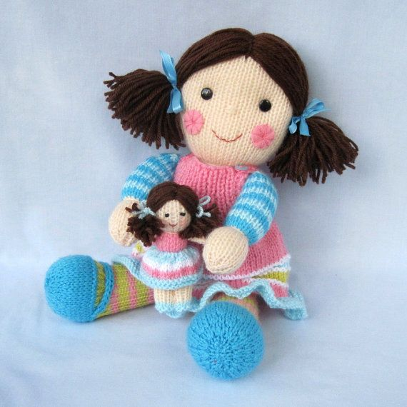 Maisie and her little doll - toy doll knitting pattern - PDF INSTANT DOWNLOAD...