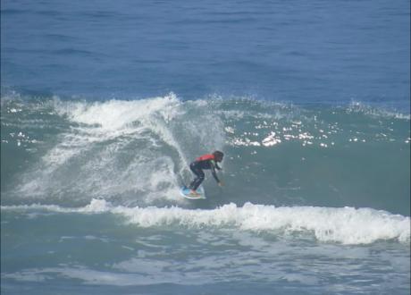 Carol Bastides participa da Clínica de Surf com Wiggolly Dantas, na praia  de Itamambuca. 6815d907a5