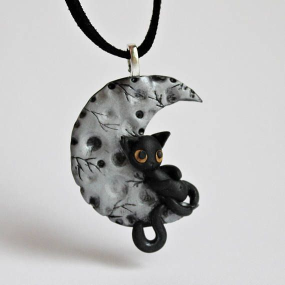 chat collier lune