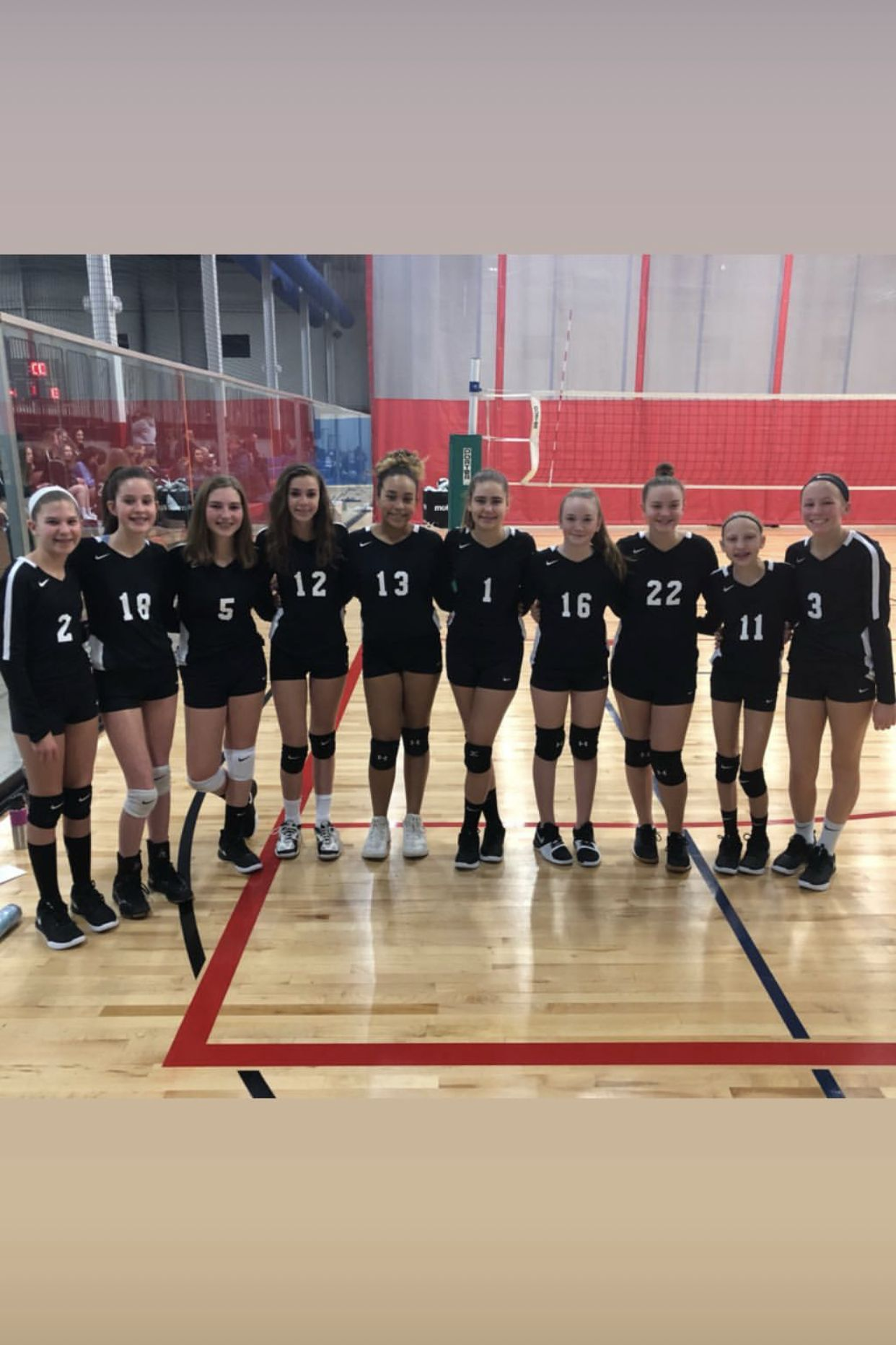 Pin By Angel Riveldt On Volleyball Volleyball Team Volleyball Volley