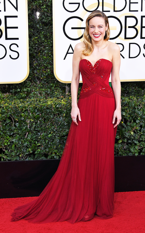"""amyadams: """" Brie Larson attends the 74th Annual Golden Globe Awards at The Beverly Hilton Hotel on January 8, 2017 """""""