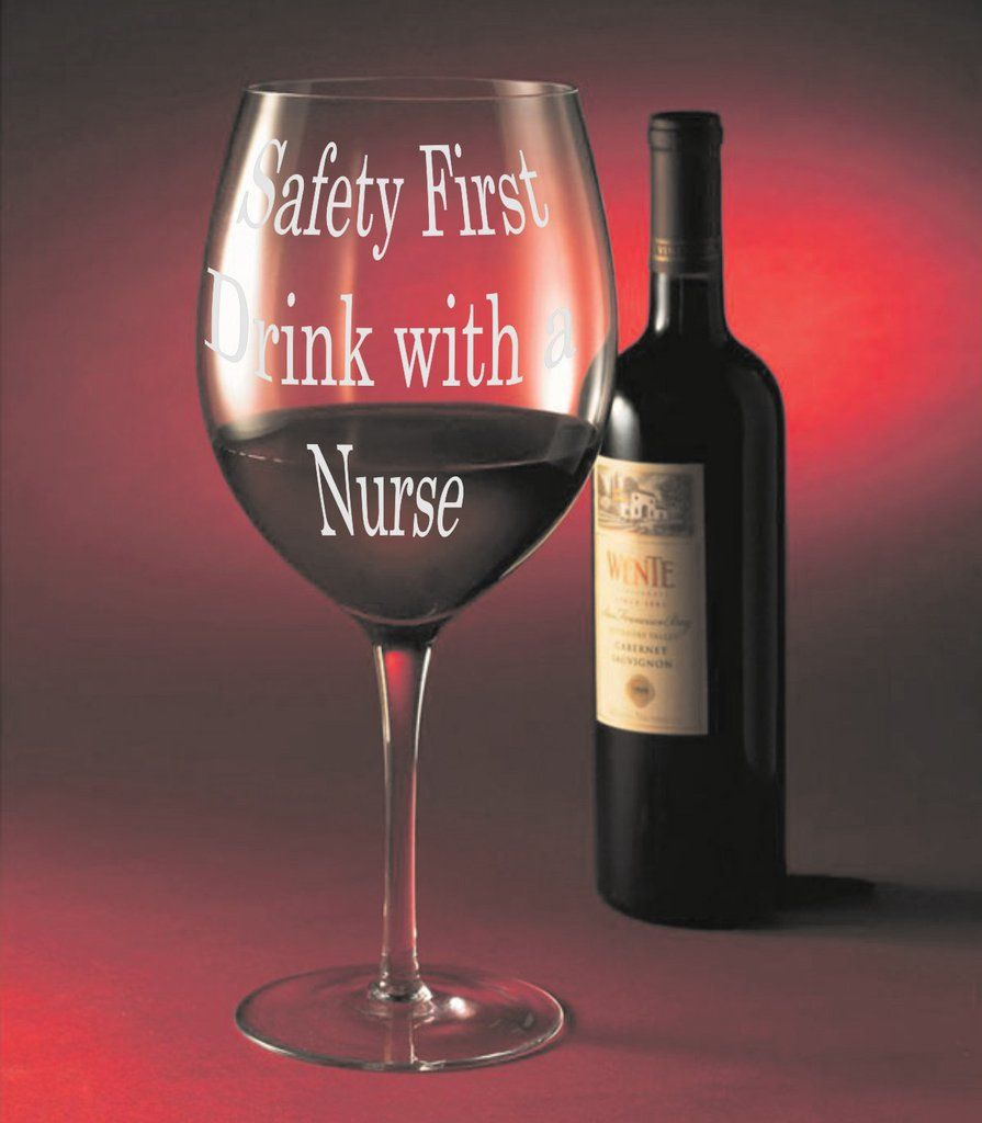 I Promised My Doctor One Glass A Day Xl Funny Wine Glass Oversized 26 Oz Novelty Gag Gift For Wome Fun Wine Glasses Funny Wine Glass Decorated Wine Glasses