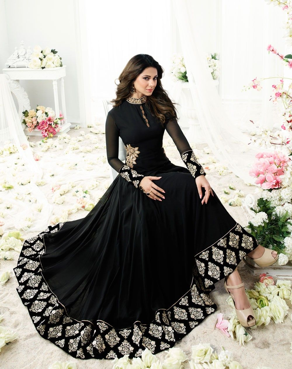 Pin By Amritha On Jennifer Winget Indian Fashion Dresses Indian Gowns Dresses Indian Dresses Traditional