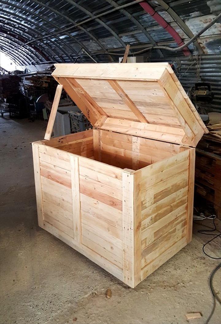 Diy Large Pallet Storage Chest Or Box Pallet Furniture Diy Diy Pallet Furniture Diy Wood Projects Furniture Pallet Storage