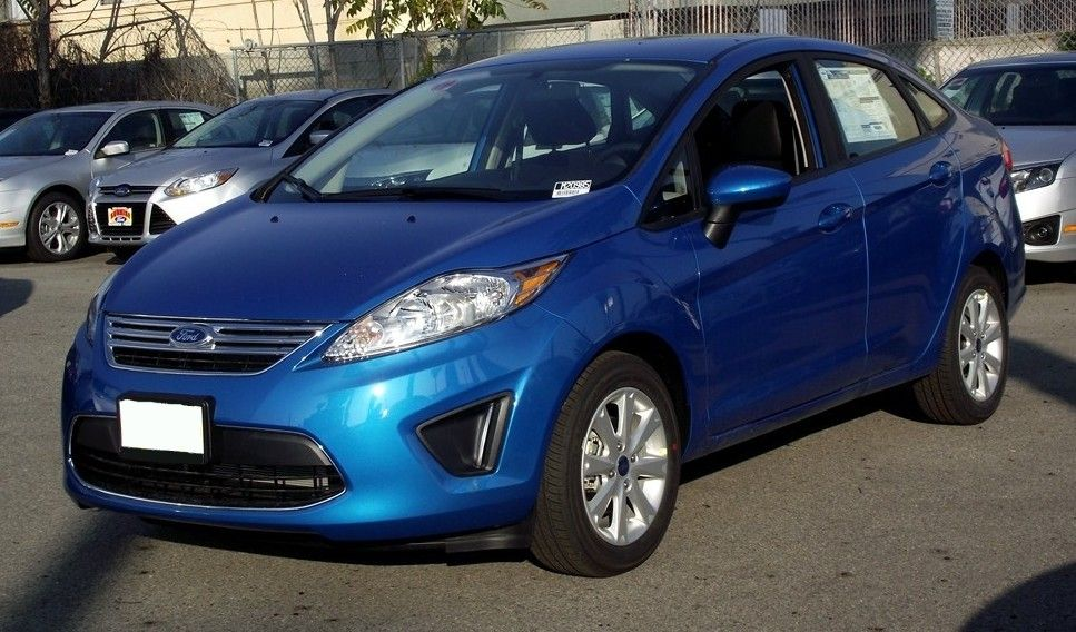Example Of Blue Candy Paint On A 2012 Ford Fiesta With Images