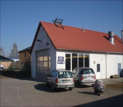 Objektbeschreibung  4 Autohäuser in unmittelbarer Nähe insgesamt 7 Autohäuser direkt...,Lackiererei in Bad Belzig zu vermieten in Brandenburg - Bad Belzig