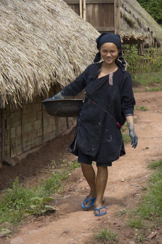 indigo dyeing in the Lanten village of Ban Nam Lue