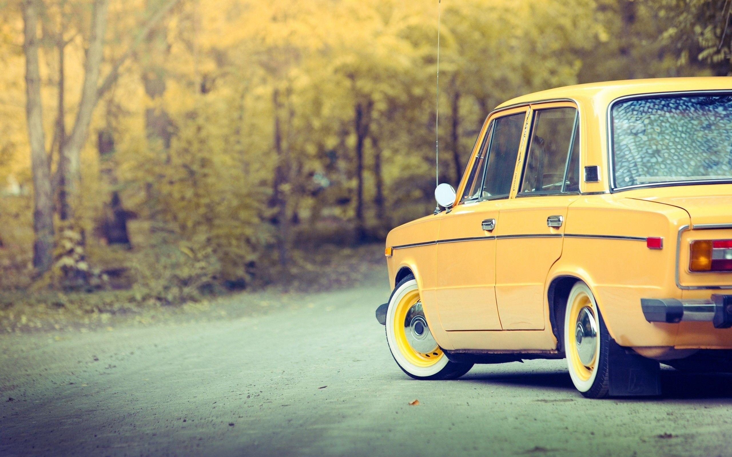 Autumn Cars Russian Vaz Wallpaper 1529660 Wallbase Cc Klassicheskie Avtomobili Avtomobili Klassiki