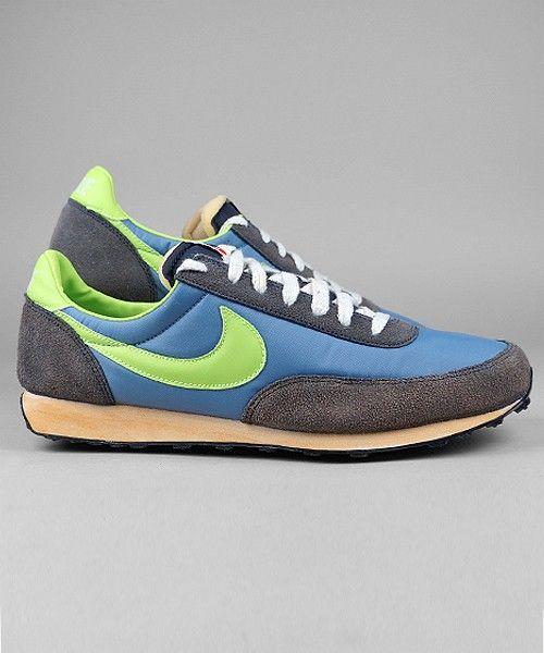 Nike Elite Vintage work blue/volt/thunder blue/sail #nike #sneakers #shoes #streetwear #men www.neverending-shop.de