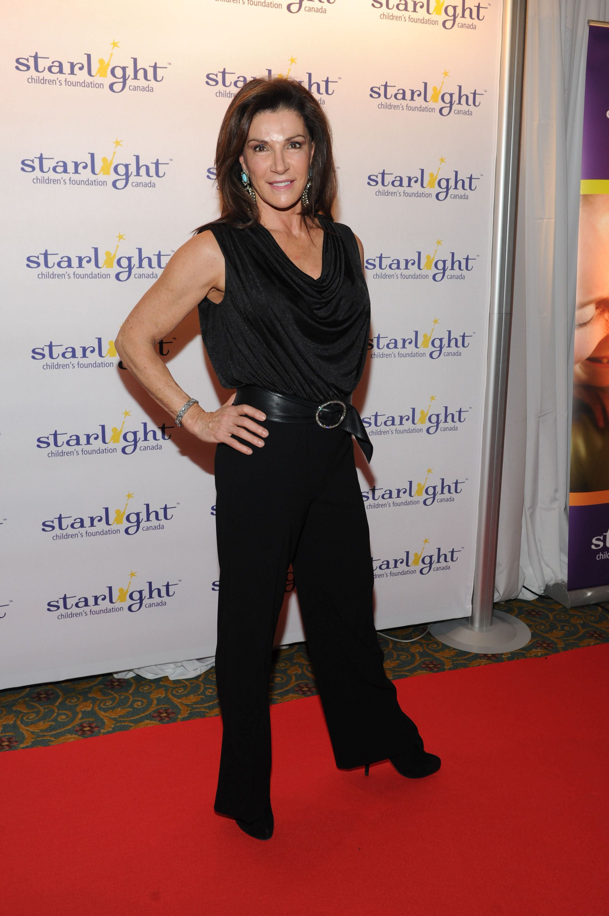 Hilary Farr | Beautiful woman (Grey hair is a crown of ... Hilary Farr