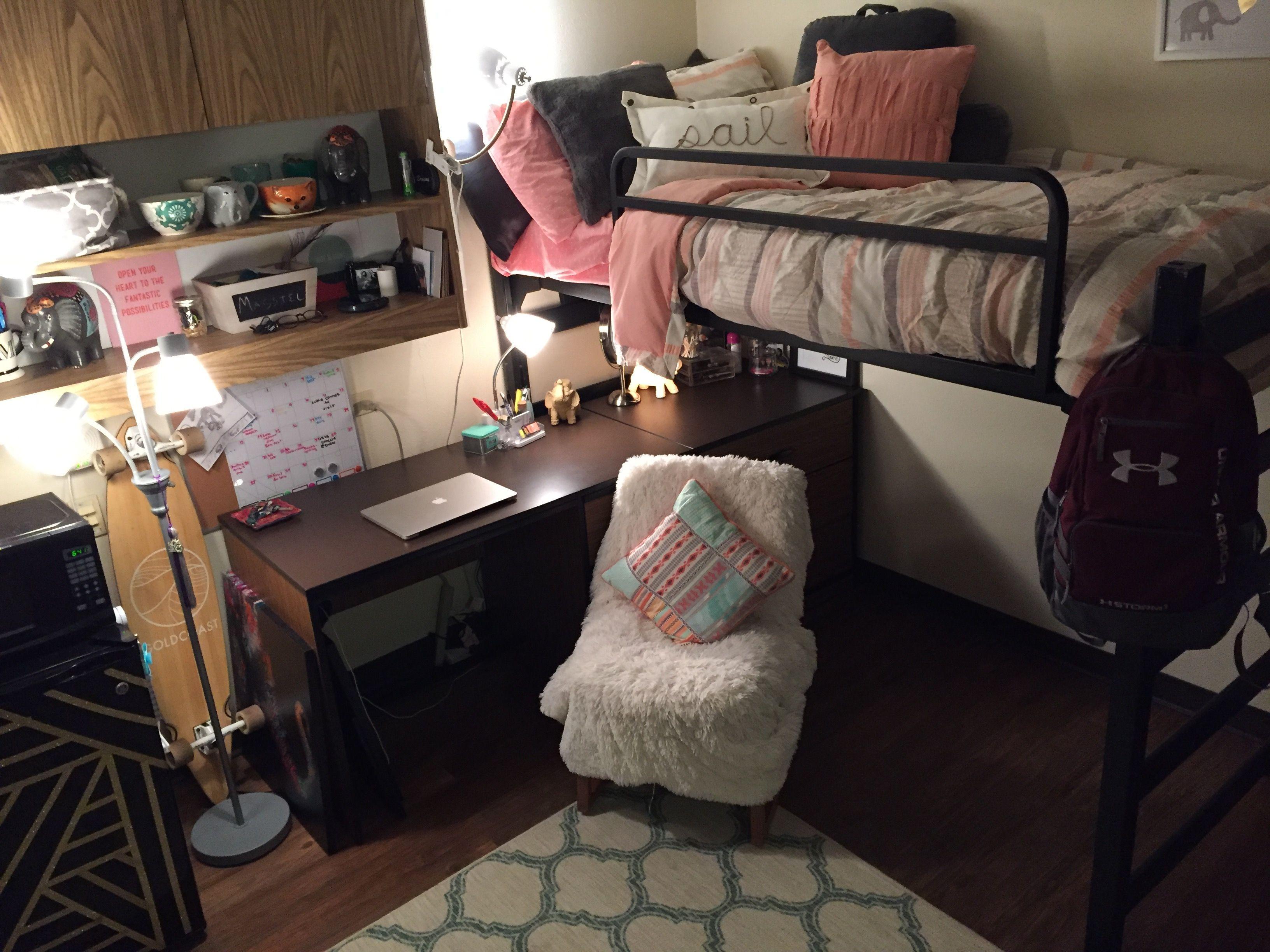 Unt Kerr Hall Dorm Room College Dorm Unt Dorm Chairs Dorm