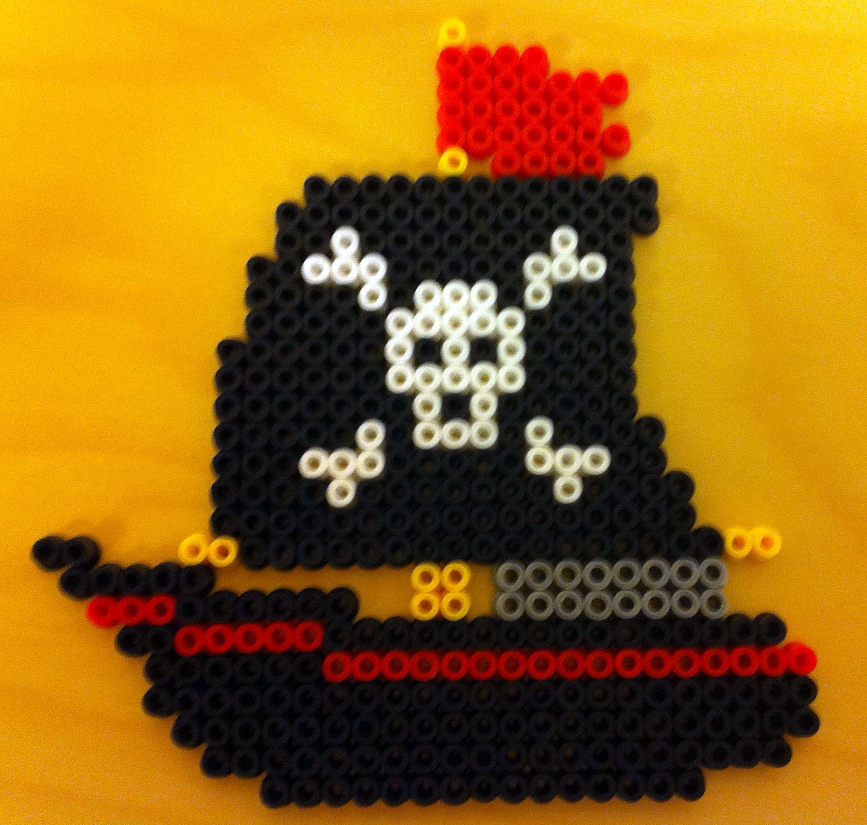 Pirate Schiff Hama Beads By Perlefiskeren Basteln Bugelperlen