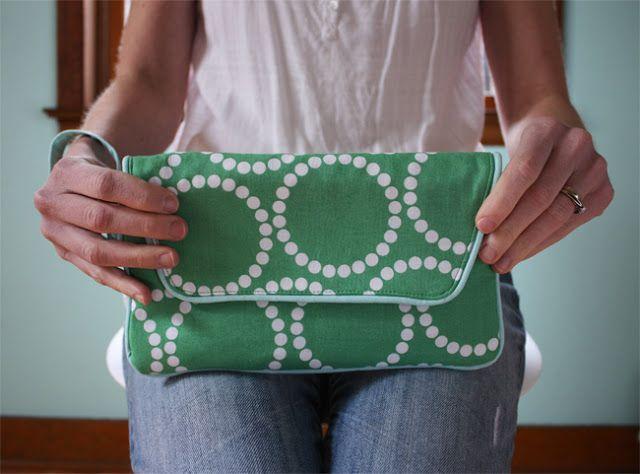 Noodlehead: envelope clutch pattern
