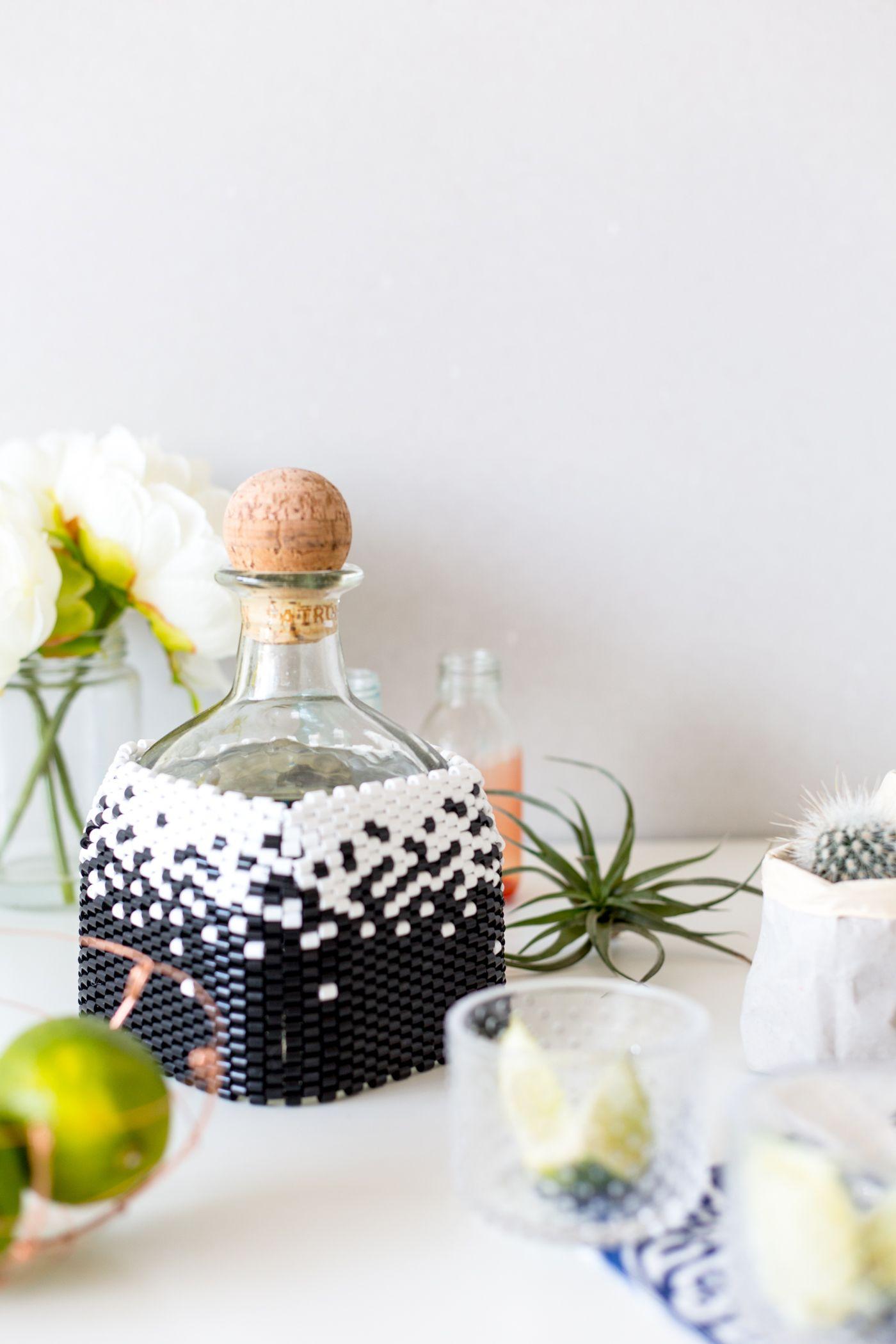 DIY Крышка для бутылки с вышивкой пейотом и бисером |  Падение для DIY