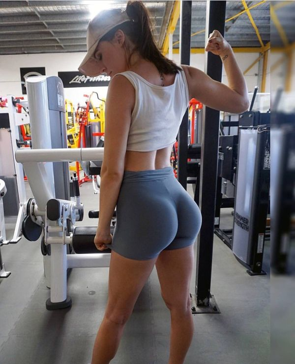 yoga shorts ass