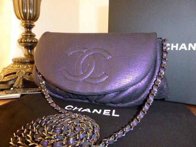 023d6c5299c0a0 Chanel Half Moon Wallet on Chain in Irridescent Purple Lambskin ...