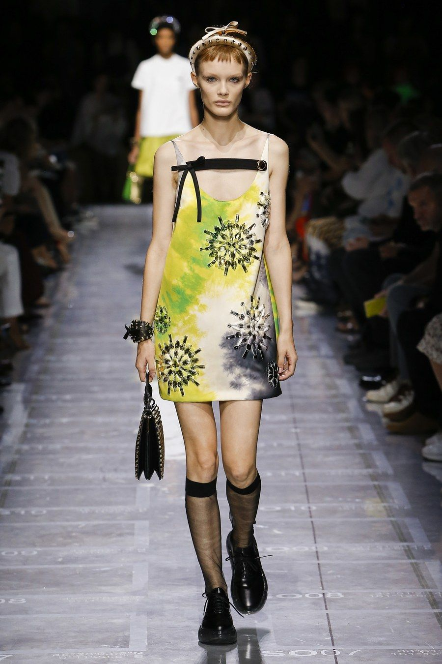 6107b471d6ea Prada Spring 2019 Ready-to-Wear collection, runway looks, beauty, models,  and reviews.
