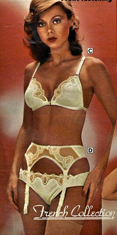 marketable official store on wholesale 80s / 90s lingeire/underwear panosundaki Pin