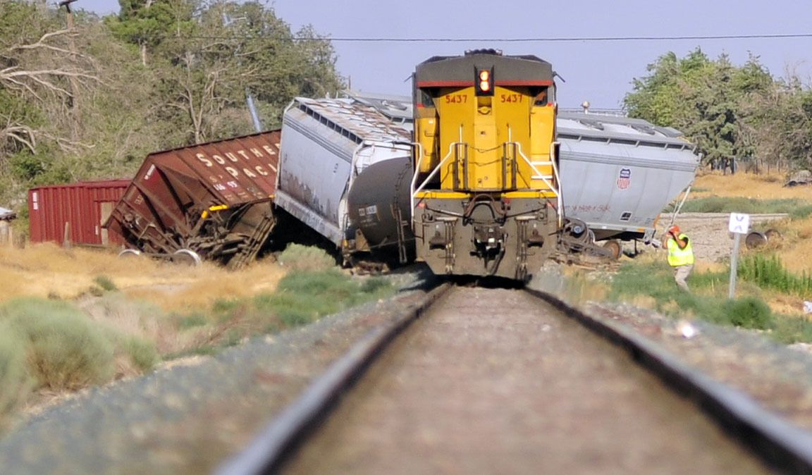freight train crashes | Breaking News | Transportation ...