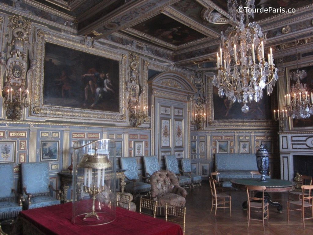 chateau de fontainebleau interieur google interior pinterest castles. Black Bedroom Furniture Sets. Home Design Ideas