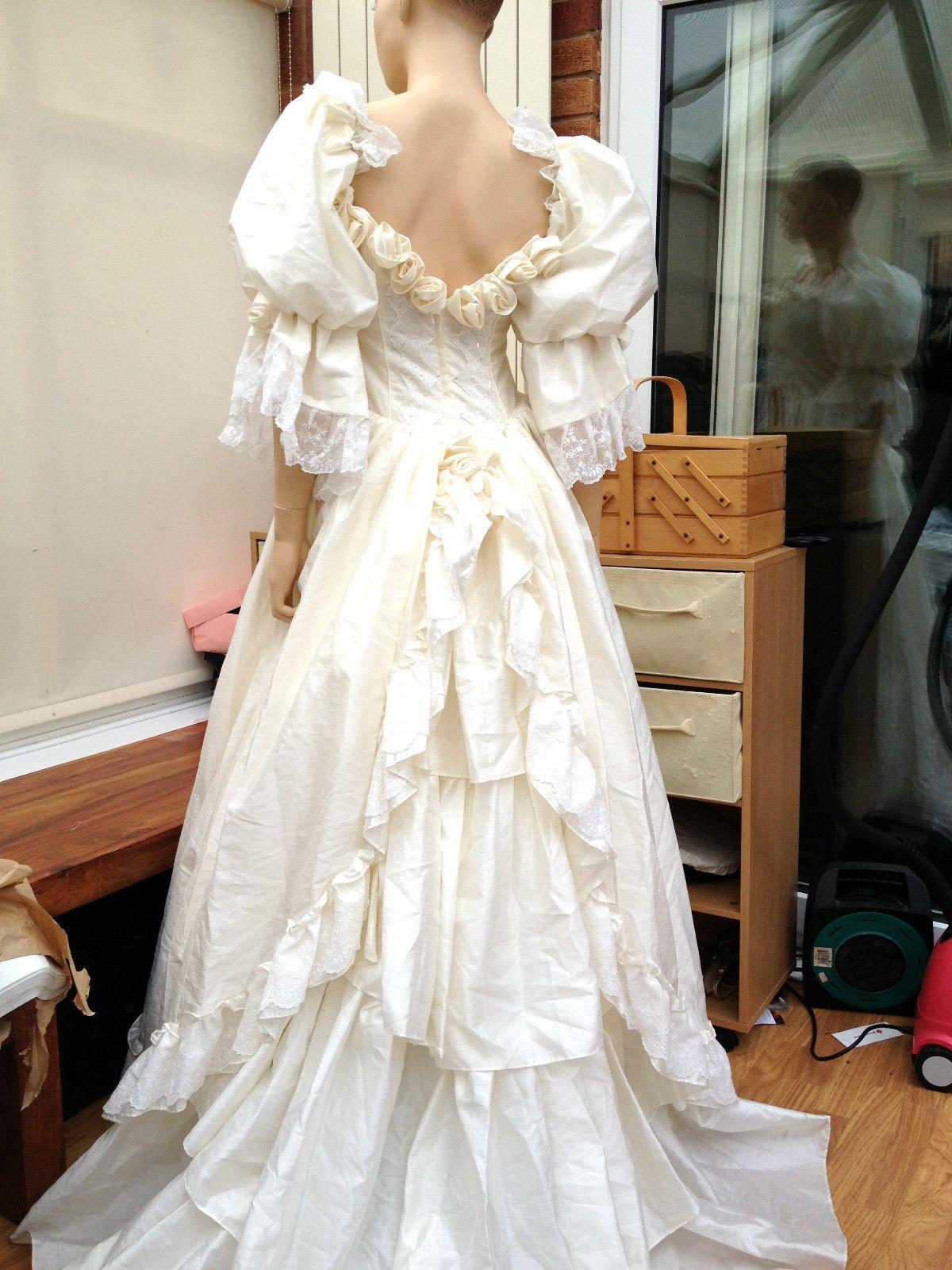 Vintage Dizzie Lizzie Ivory Romantic Victorian Style