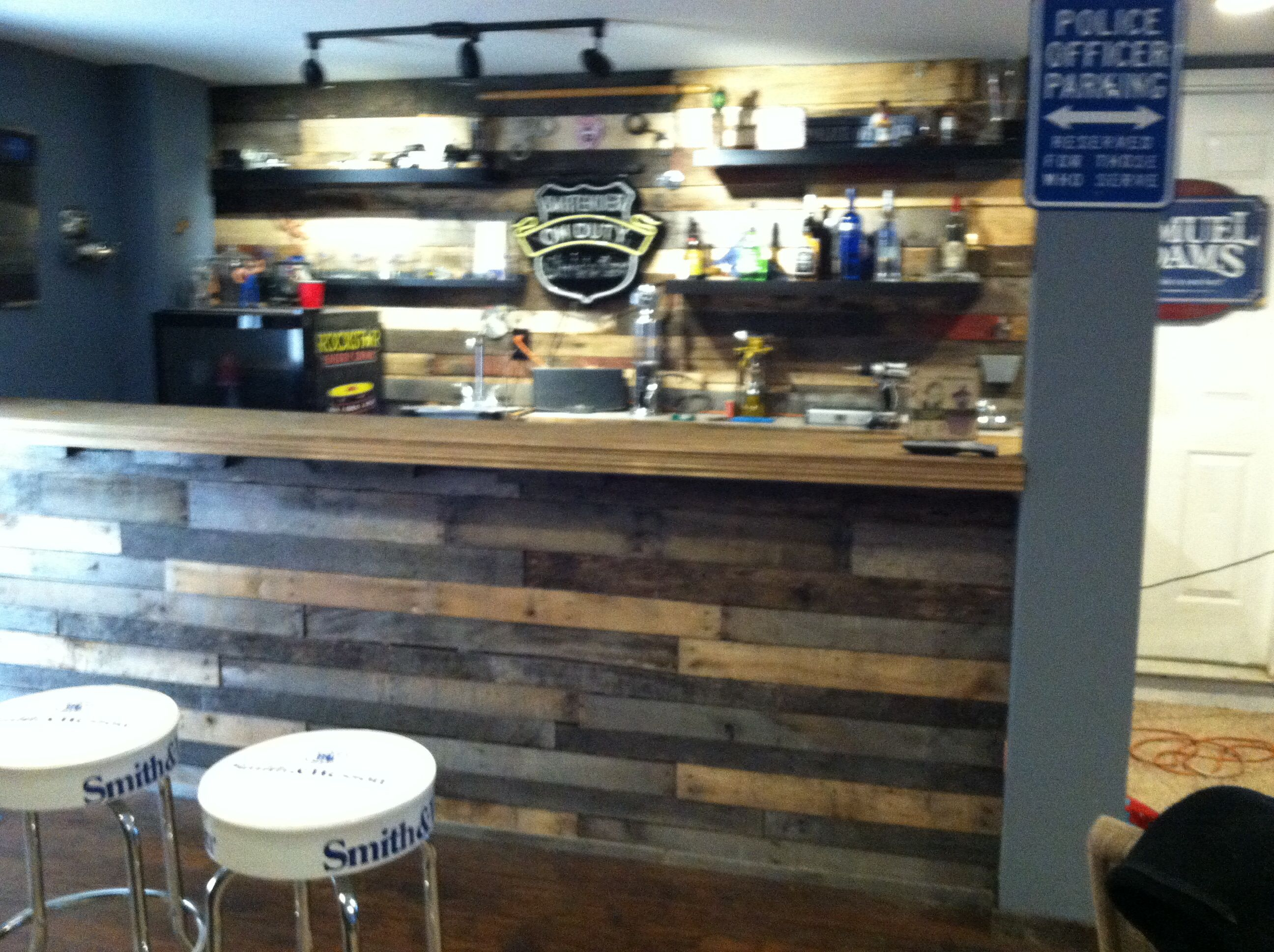 Man Cave Bar Completely Made From Pallets Woman Cave