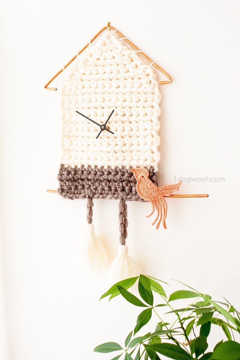 12 DIY Wall Hangings to Try   hanging objects   Pinterest