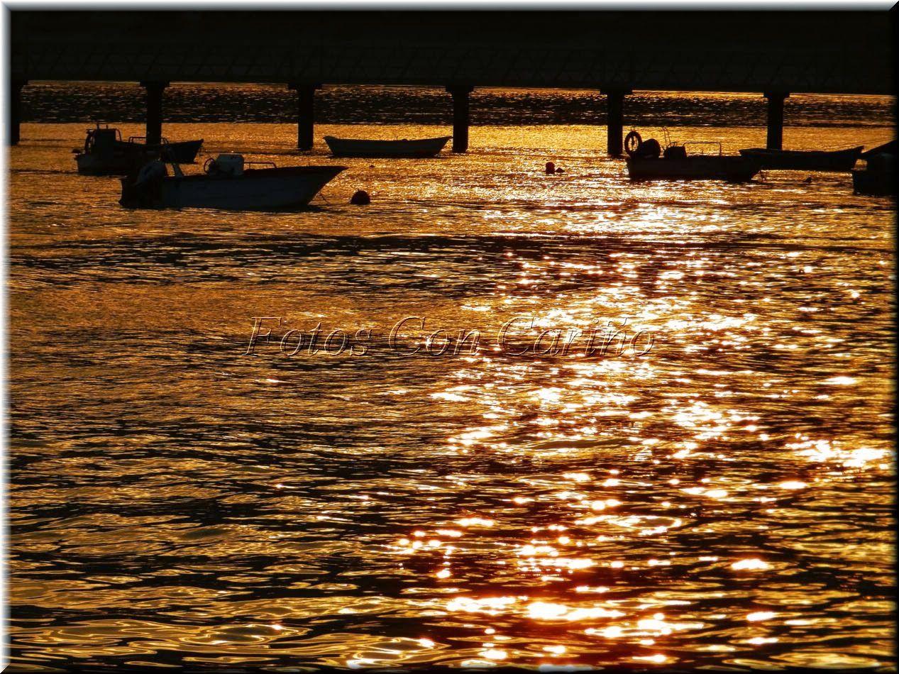 Fotos Con Cariño: Mar dorada, al fondo el pantalán de Cariño... pare...