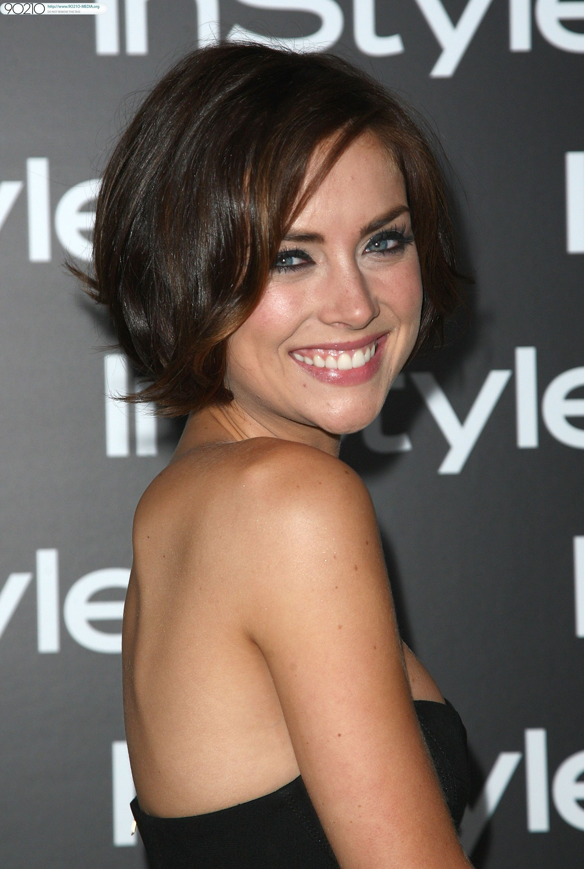 jessica leigh stroup is an american actress and e nne best