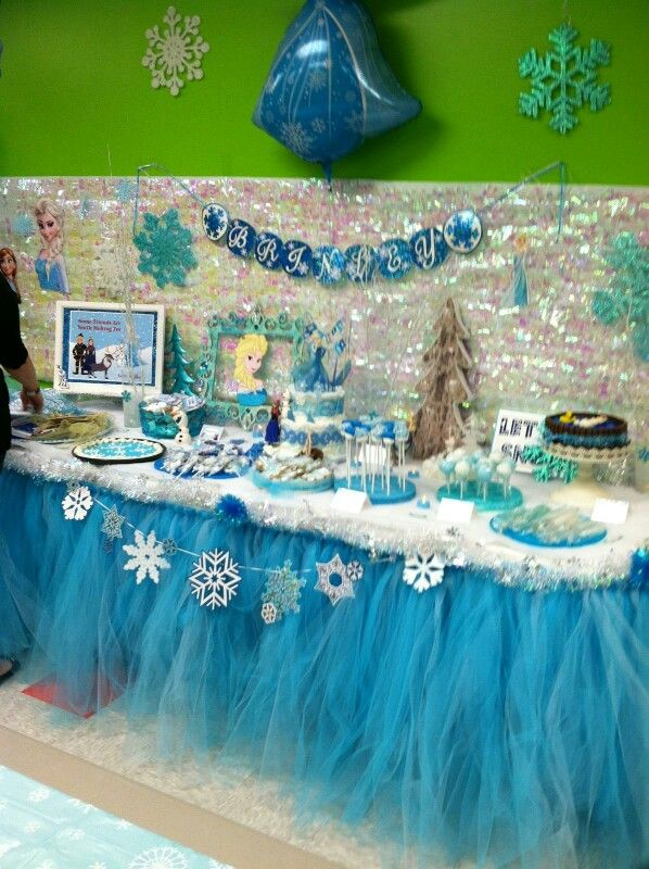 snowflake garland blue tulle table skirt snow blanket table top blue glitter snowflakes