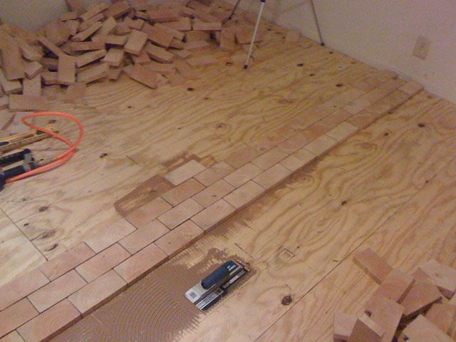 Create A Hardwood Floor Using 2x4 Slivers With Images End Grain Flooring Wood Block Flooring Flooring