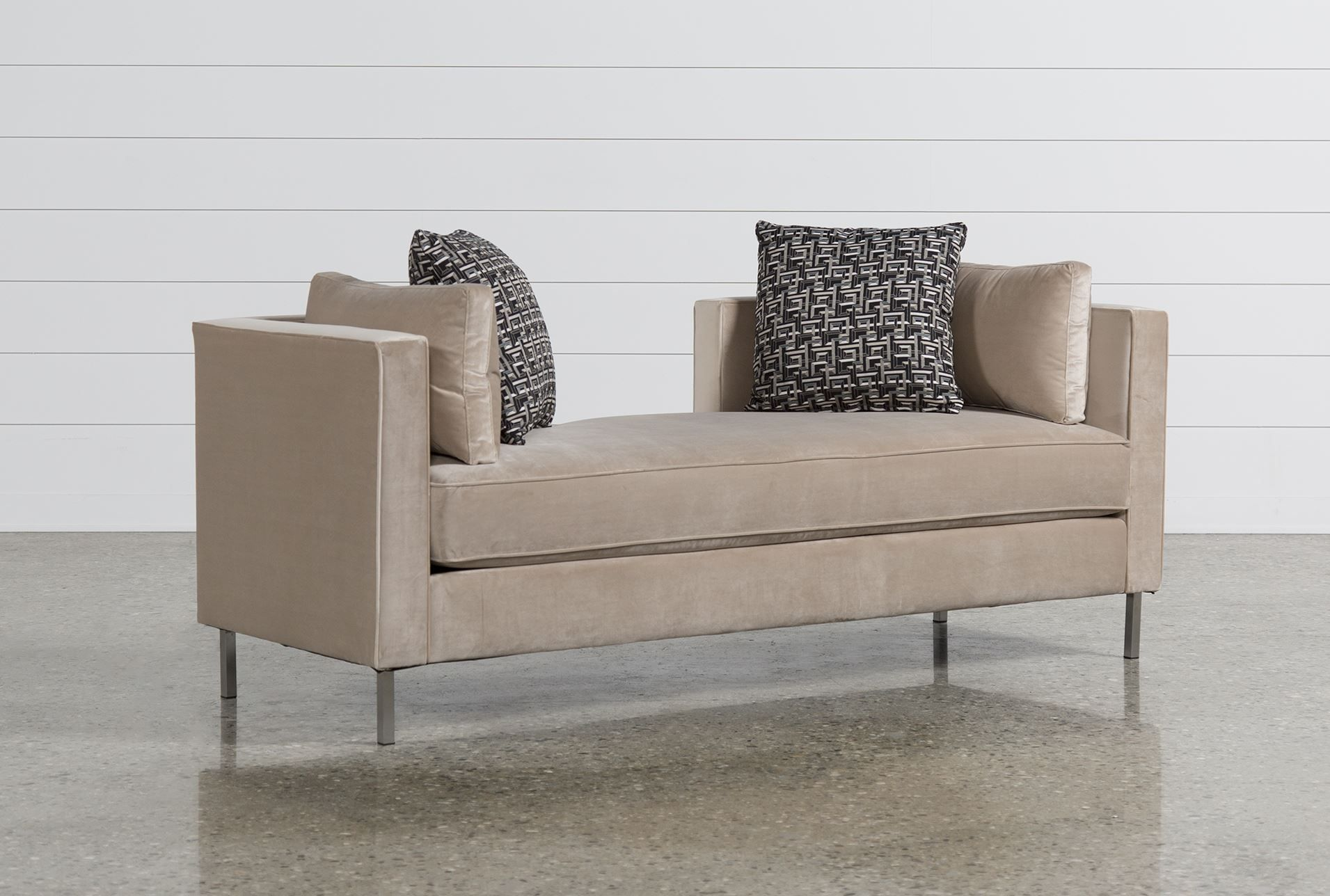 Hartwell Daybed - Living Spaces 750 | Daybed, Outdoor sofa ... on Living Spaces Outdoor Daybed id=12815