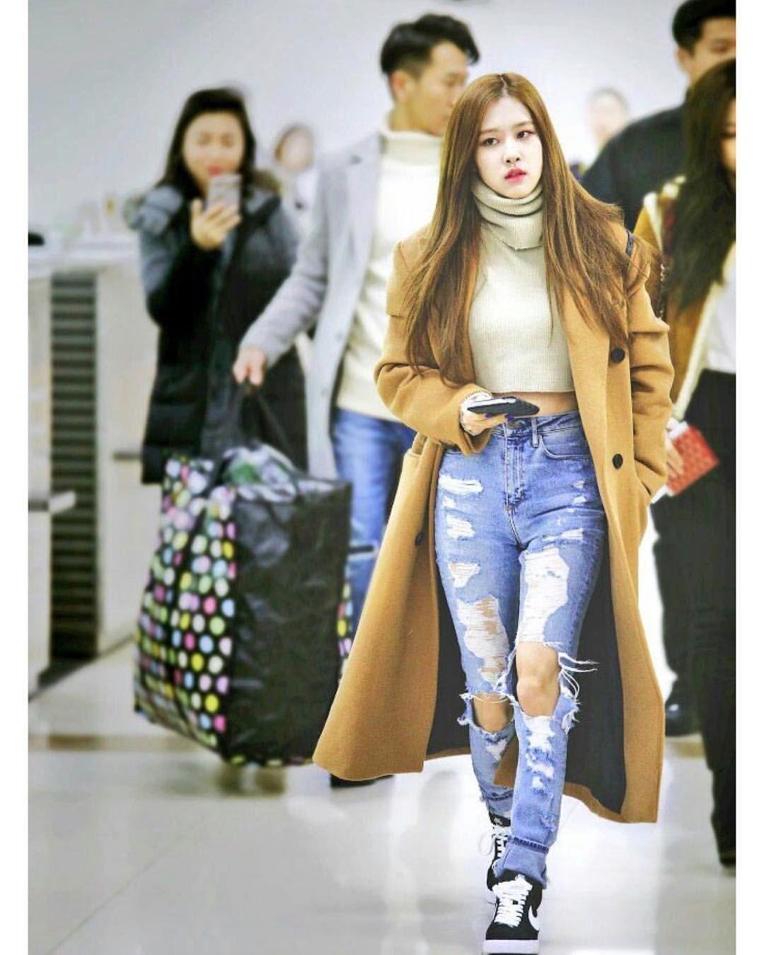 Kpop Idols Airport Fashion 2019 Blackpink Fashion Kpop Fashion Kpop Outfits