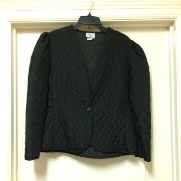 Black quilted blazer Gently used...great with slacks, skirts, or your favorite jeans Jackets & Coats Blazers