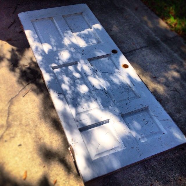 The door top, shortly after its requisition from the side of the - what is requisition
