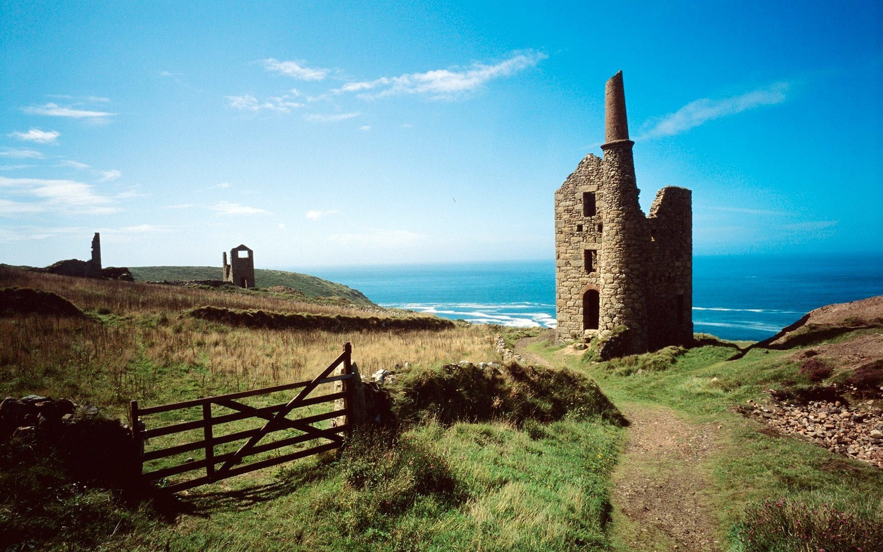 Cornwall Is A Battlefield: Life On The Second-home