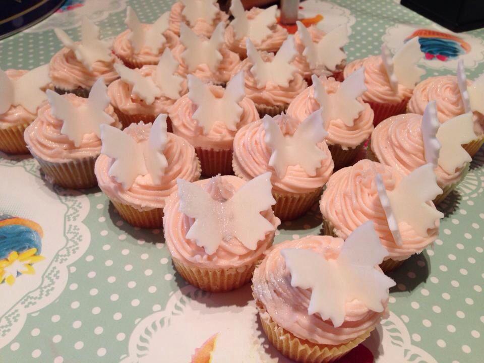 Mini glitter butterfly cupcakes