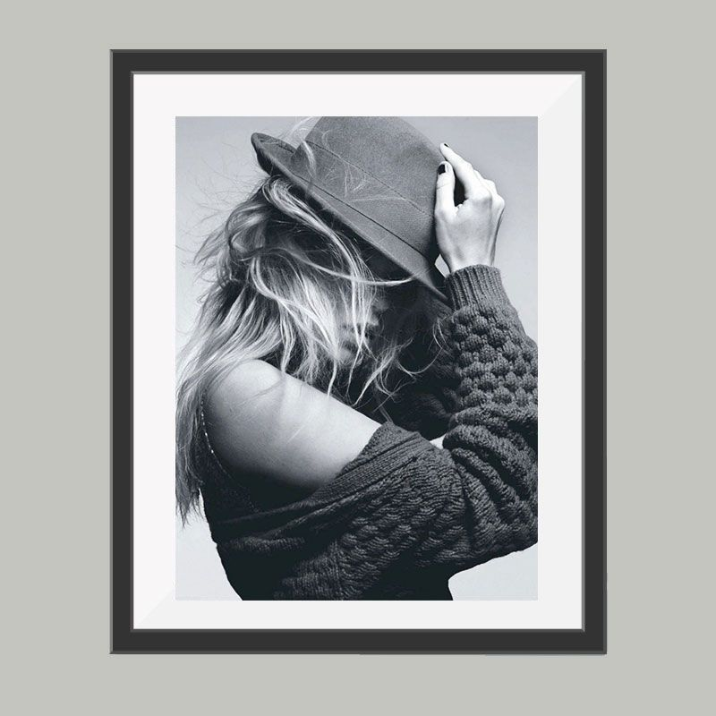 Model met hoed poster, leuke poster om bijvoorbeeld op te hangen ...