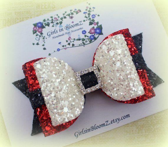 Christmas hair bow/Girls Santa hair bow/Glitter hair bow/Red hair bow/Santahair bow/Christmas bow headband/Baby girl glitter bow headband #hairbows