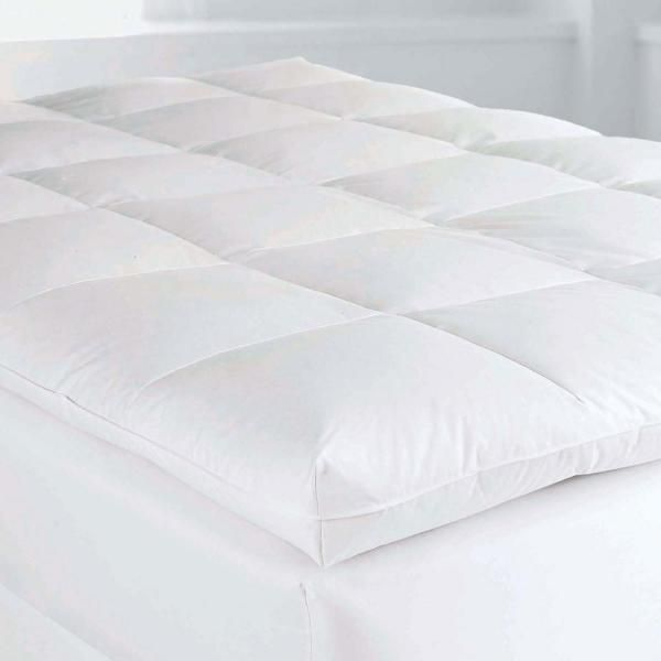 The Company Store Baffled Square 4 In King Down Featherbed Mattress Topper Fa31 K White The Home Depot In 2021 Mattress Mattress Topper Mattress On Floor
