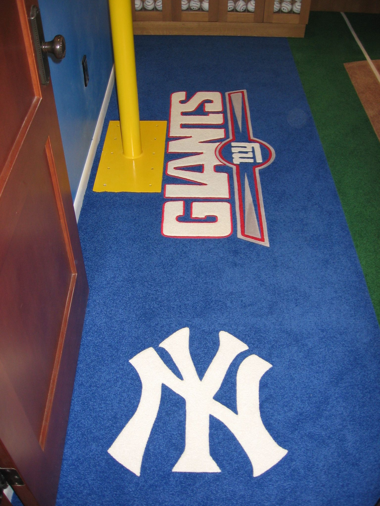 New York Yankees And New York Football Giants Logos Custom Made Installed By G Fried Carpet Design Paramus Nj